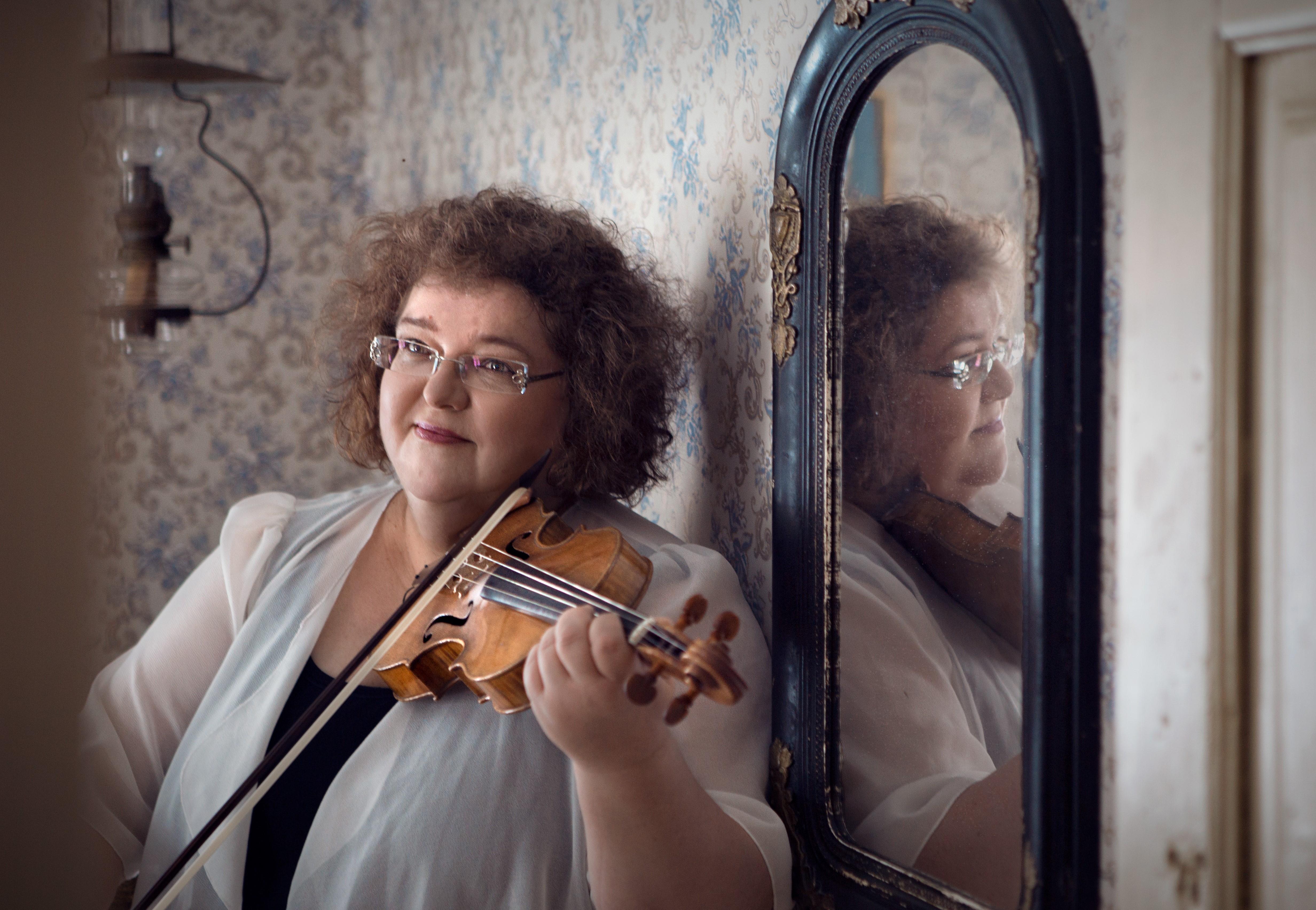 Omaa musaa – Impro- ja sävellyspaja pienten jousisoittajien opettajille