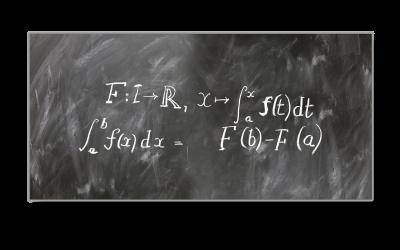 Lyhyen matematiikan tehokurssi 30 h