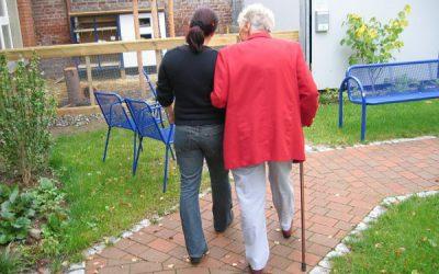 Potilaan itsemääräämisoikeus ja hoitohenkilökunnan oikeudet ja velvollisuudet