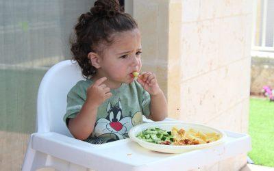 Ruokakasvatus ja aistilähtöinen SAPERE-menetelmä varhaiskasvatuksessa ja koulussa