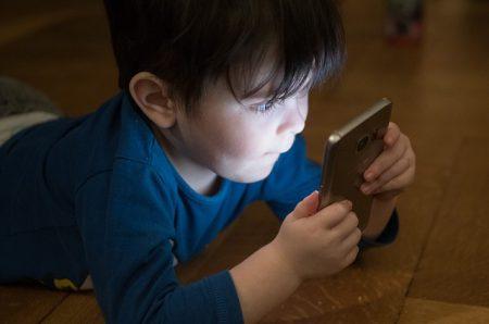 Mobiiliteknologioiden riskienhallinta