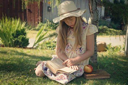 Kirjavinkkarin vinkit opettajille: Uusia suosikkikirjoja lapsille ja nuorille